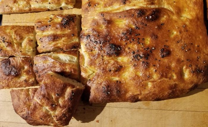 delicious bread crunchy salty oily